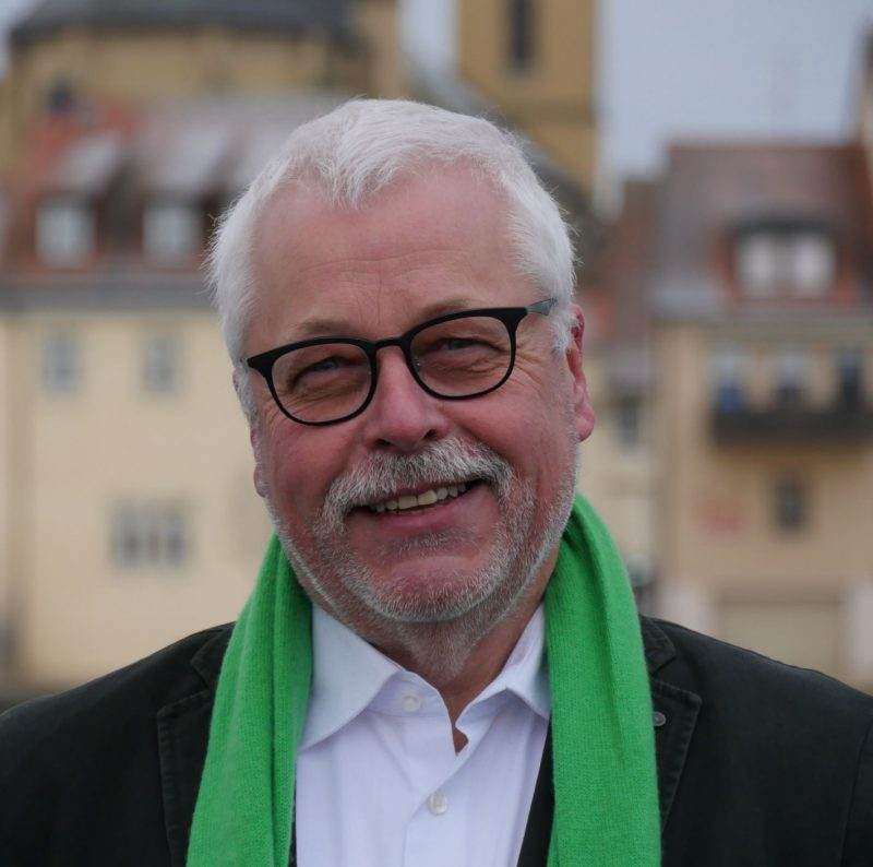 Dipl.-Argaringenieur Klaus Sanzenbacher