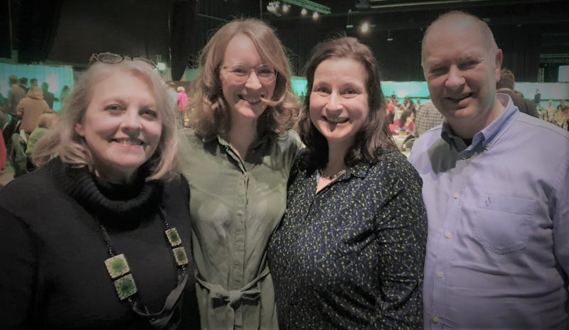 v.lks.: Barbara Mehlert, Eva Lettenbauer, Eva Trapp, Dr. Victor Trapp