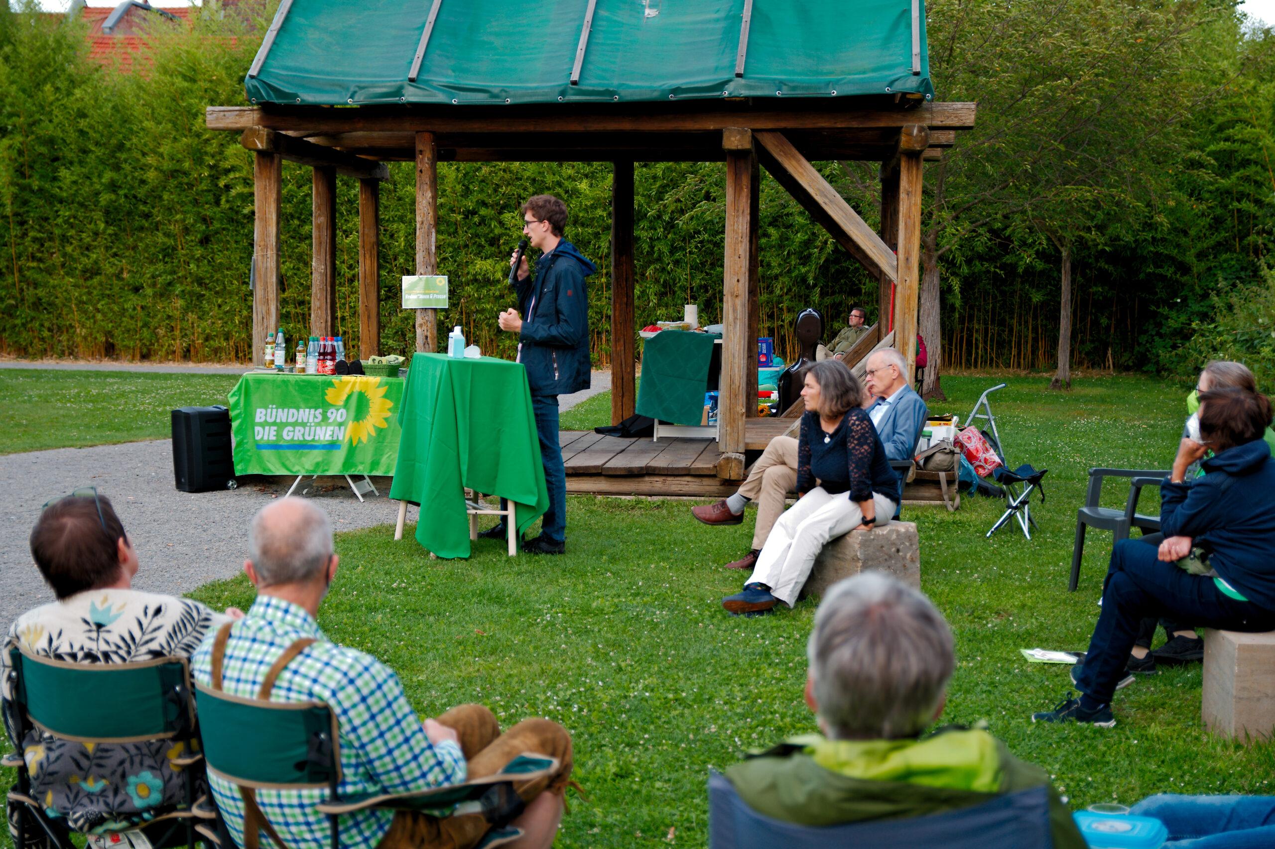 Green Dinner mit politischen Gesprächen